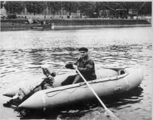 Pierre Debroutelle és a felfújható hajója